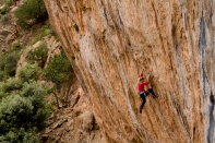 "Hazel Finlay climbing on ""Click Air"" 8a+ Tamdarote, Morocco"